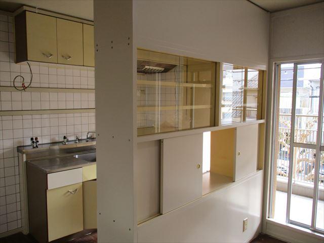 塗装後のキッチンキャビネット