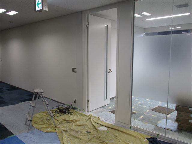 水性塗料を塗った壁