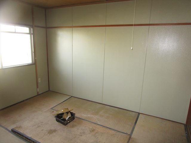 塗装後の和室のパネル
