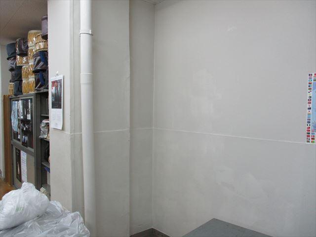 塗装し終えた壁