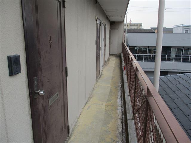 2階廊下の全景