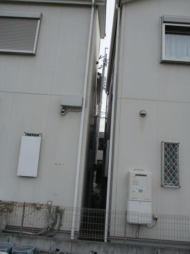 敷地が狭い1面の壁