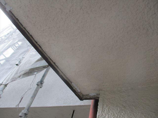 軒天井の隙間