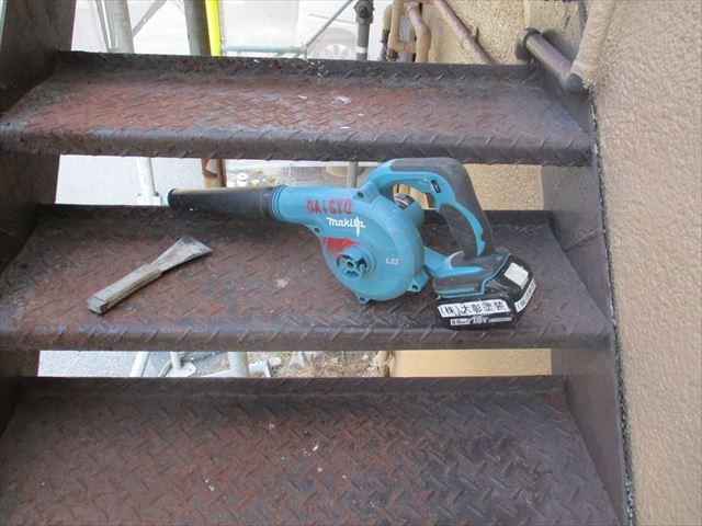 枚方市で外壁塗装~付随の鉄部等塗装をおこないました。