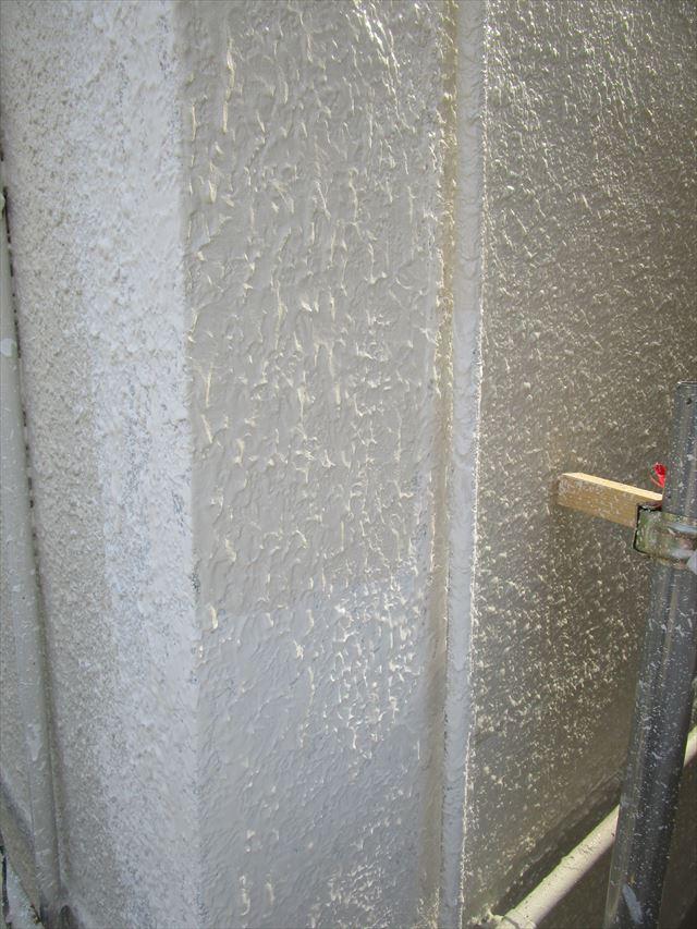 大阪市都島区で外壁崩落にともなって、塗装工事しました。