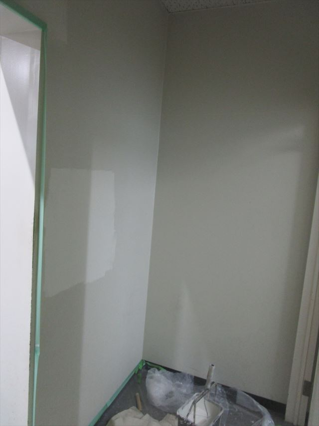 壁面の塗装
