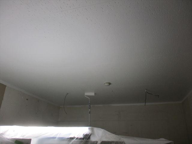2回塗装した天井