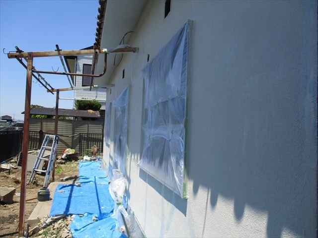 す塗りした壁