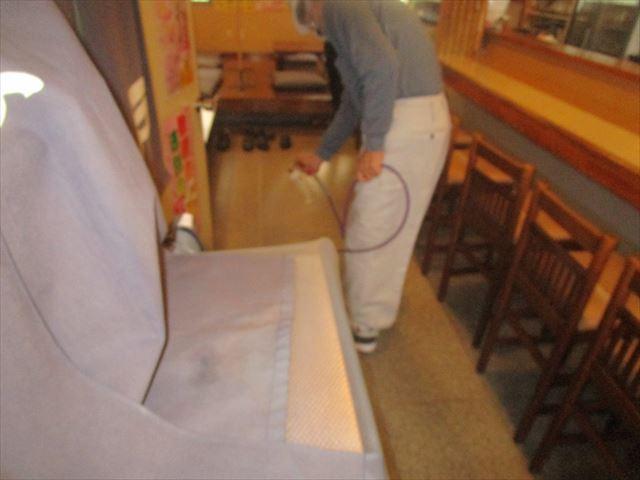 壁紙をコーティング塗布