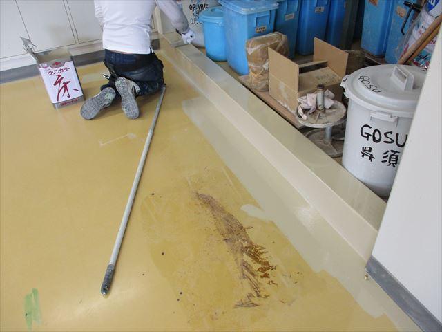 床下塗り塗装