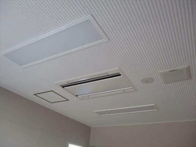 リブ天井塗装終了