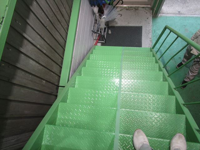 上から見た階段塗装