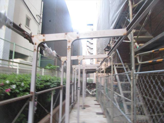 大阪市生野区で駐輪場の鉄部塗装(支柱等)の現地調査に行きました